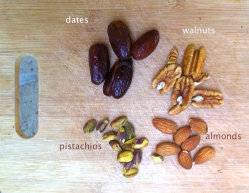 ingredients for date energy bombs