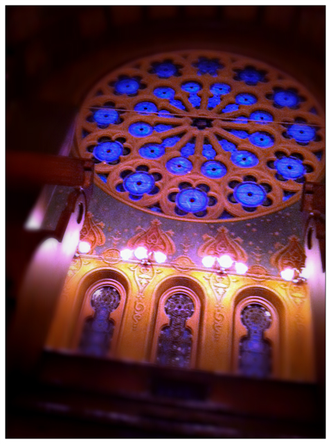 Eldridge Synagogue stained Glass