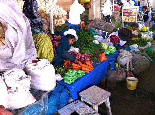 people of San Pedro Market